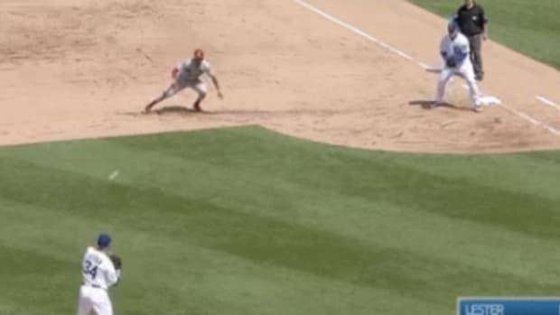 jon-lester-pick-off-cubs-cardinals.jpg