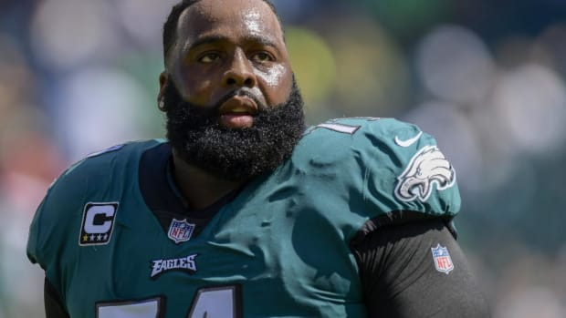 Report: Eagles Left Tackle Jason Peters Tore ACL and MCL - IMAGE