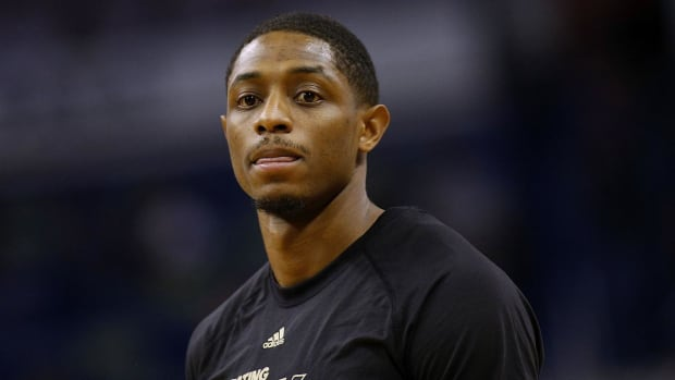 Suns' Brandon Knight Has Torn ACL, Likely Out for Season - IMAGE