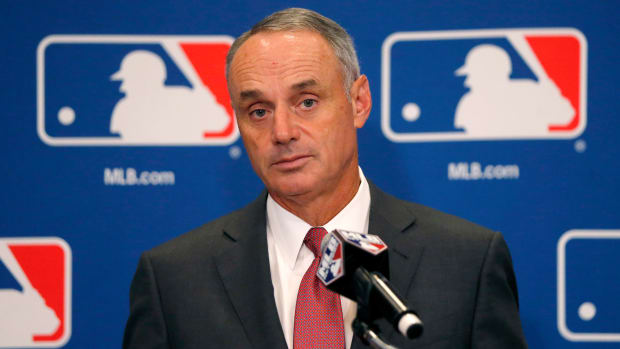 rob-manfred-electronic-strike-zone.jpg