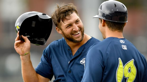 tim-tebow-espn-contract-extension.jpg