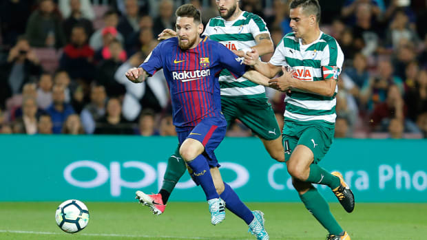lionel-messi-hat-trick-barcelona-vs-eibar.jpg