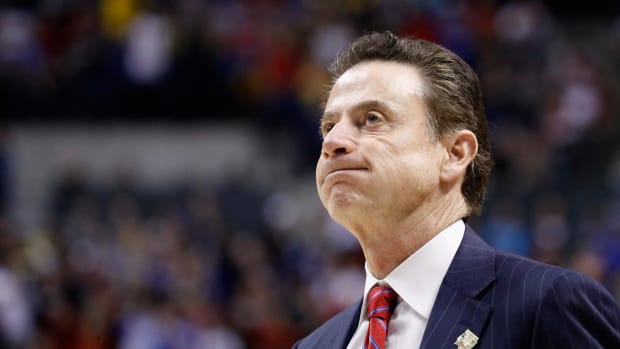 Reports: Louisville Coach Rick Pitino and AD Tom Jurich Fired Amid FBI Investigation -IMAGE
