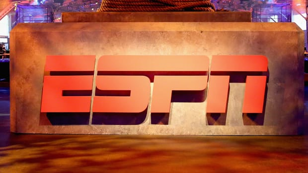 espn-cancels-the-sports-reporters.jpg