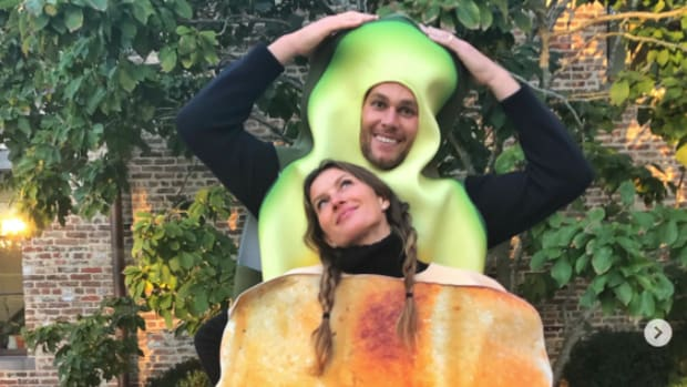 tom-brady-avocado-toast-halloween.png