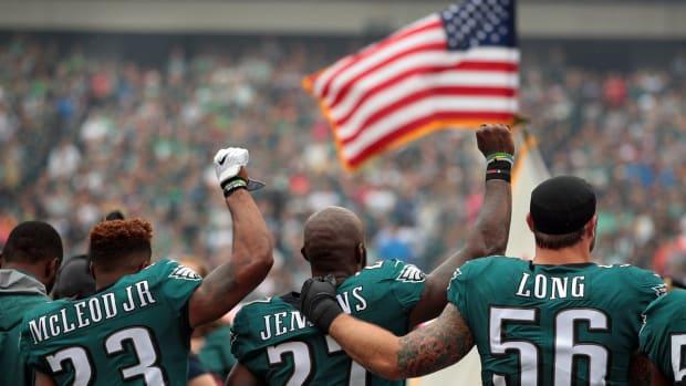 philadelphia-eagles-national-anthem.png