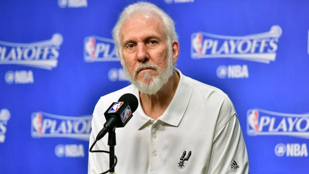 Gregg Popovich on President Trump: 'He's in a game show' IMAGE