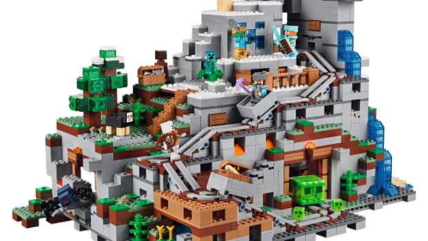 lego-mineraft-mountain-cave-front.jpg
