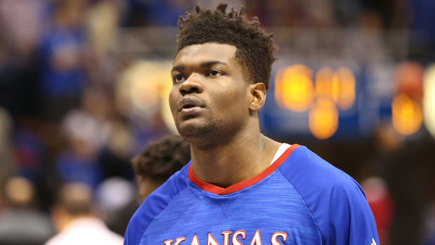 udoka-azubuike-wrist-surgery-out-for-season.jpg
