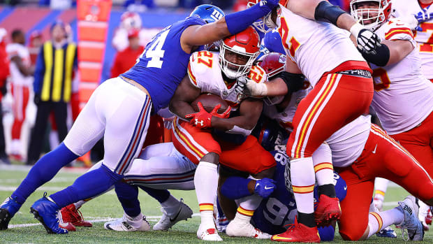 kareem-hunt-kansas-city-chiefs-new-york-giants.jpg