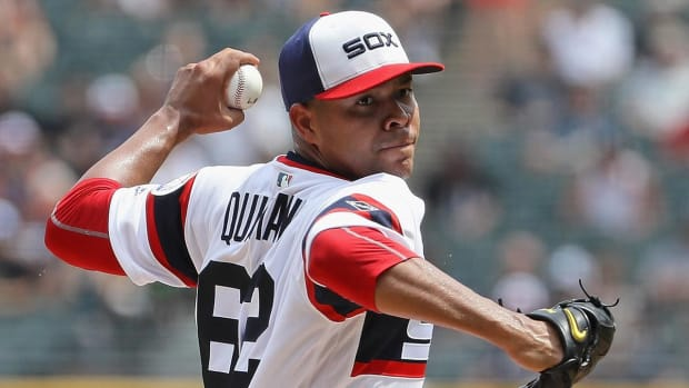 Cubs acquire LHP Jose Quintana from crosstown rival White Sox--IMAGE