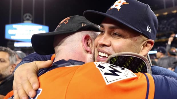 Carlos Beltran Announces Retirement After 20-Year Career, First World Series Win - IMAGE