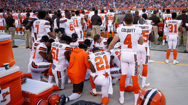 Cleveland Police to Join Browns for National Anthem - IMAGE