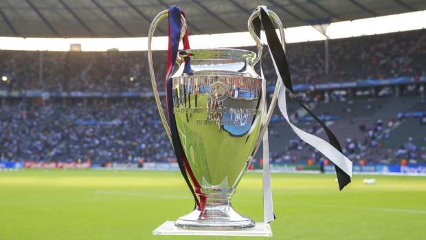 champions-league-trophy-draw.jpg
