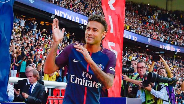 neymar-delay-081017.jpg