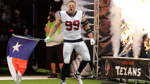 J.J. Watt Takes The Field In Texans' First Game In Houston Since Hurricane Harvey - IMAGE