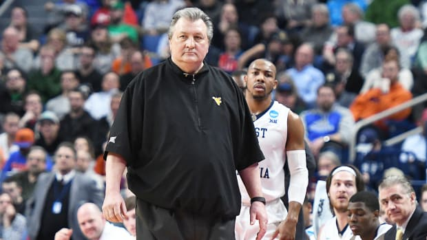 west-virginia-basketball-bub-huggins-contract-extension.jpg