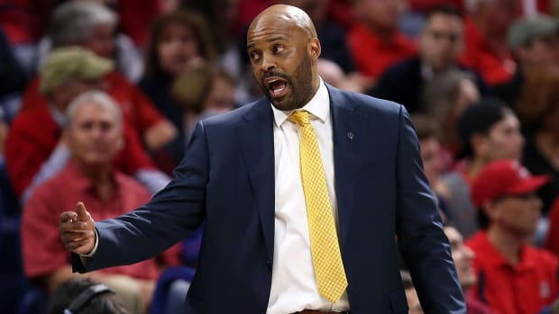 Cuonzo Martin resigns from Cal, takes job at Missouri--IMAGE
