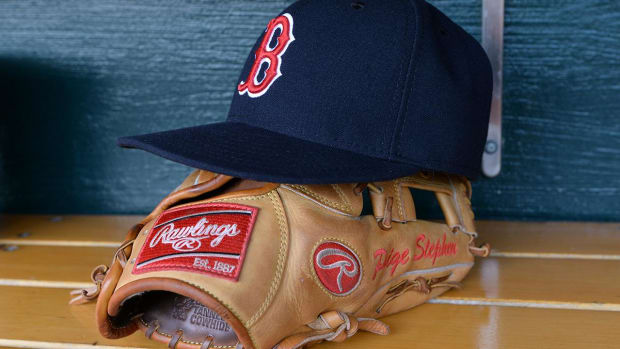 MLB Fines Red Sox For Stealing Signs, Money to be Sent to Hurricane Relief--IMAGE