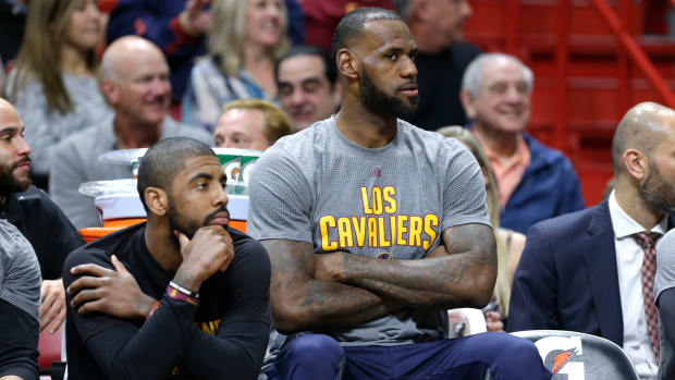 lebron-james-responds-to-kyrie-irving-trade-request.jpg