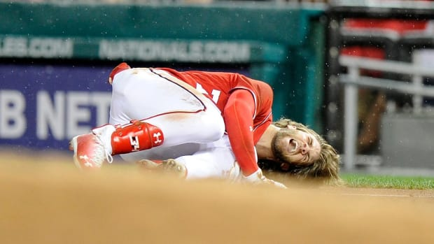 Bryce Harper Diagnosed With Bone Bruise In Left Knee--IMAGE