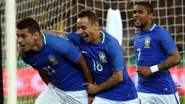 brazil-australia-diego-souza.jpg
