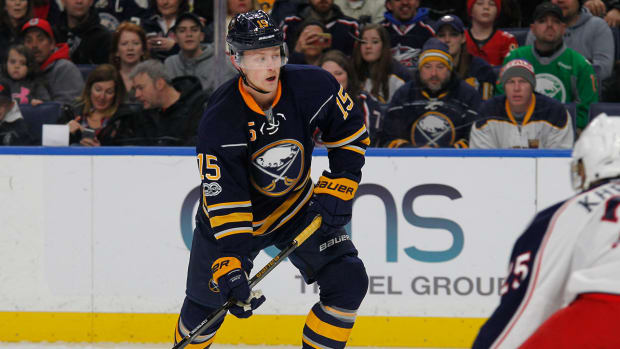 jack-eichel-contract-extension-nhl-1300.jpg