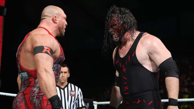 wwe-wrestler-kane-glenn-jacobs-knox-county-tennessee-mayor.jpg