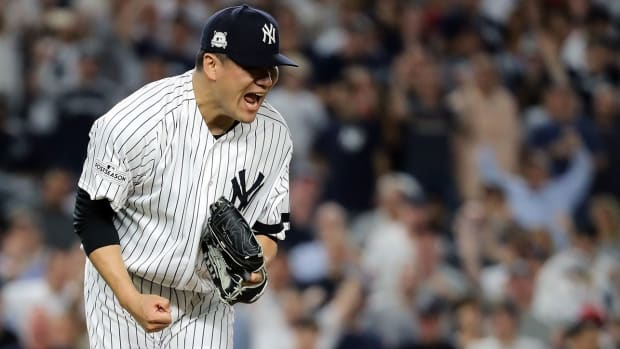 tanaka-pitching-duel-alds.jpg