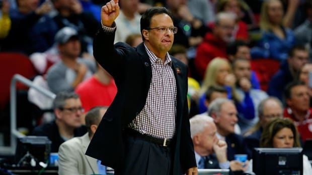 Indiana fires head coach Tom Crean after nine seasons - IMAGE