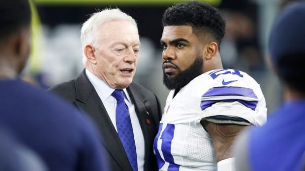 jerry-jones-ezekiel-elliott.jpg