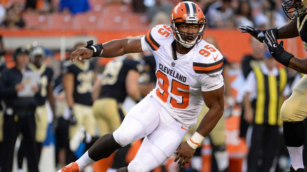 Browns' Top Pick Myles Garrett Injures Ankle During Practice, Could Miss Opener - IMAGE