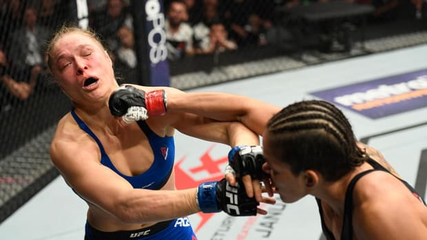Amanda Nunes apologizes to Ronda Rousey - IMAGE