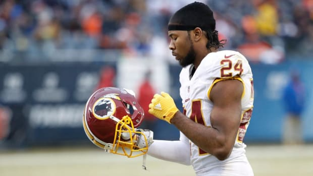 Report: Josh Norman Out Four Weeks With Broken Rib and Punctured Lung - IMAGE