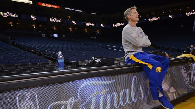 Report: Steve Kerr could return to Warriors bench for Game 2 IMAGE