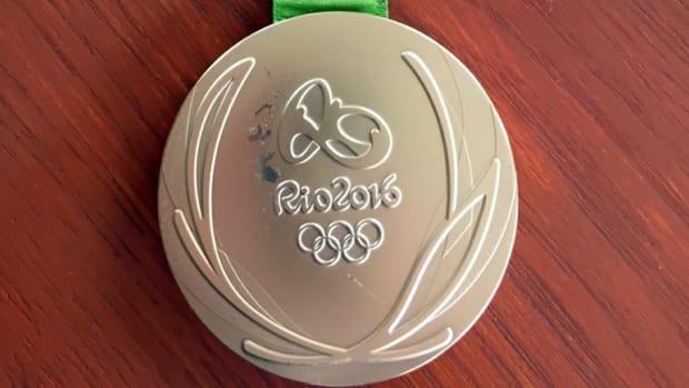 olympic-medals-damaged-rio-2016.jpg
