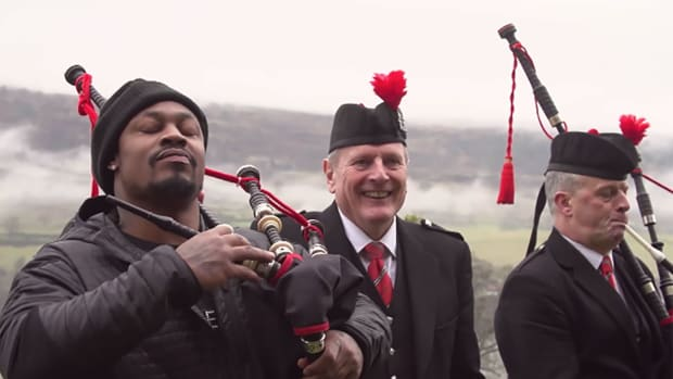 marshawn-lynch-scotland-super-bowl-video.jpg