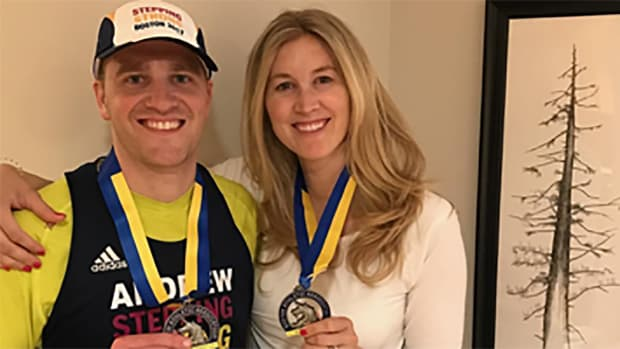 boston-marathon-runner-extra-medal-wife.png
