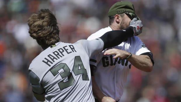 Bryce Harper, Hunter Strickland suspended after brawl--IMAGE