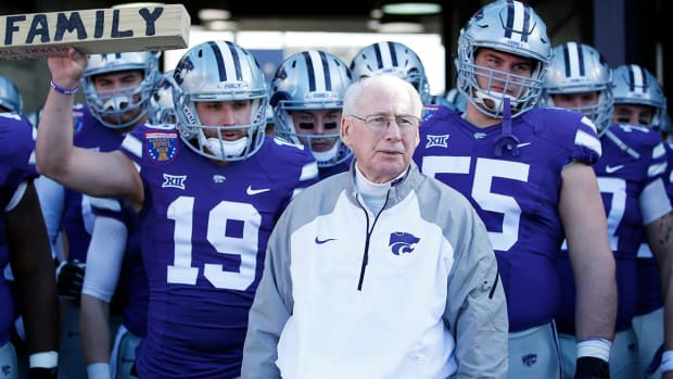 Kansas State head coach Bill Snyder being treated for throat cancer - IMAGE