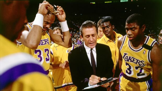 """Pat Riley claims Magic Johnson is """"greatest player of all time"""" - IMAGE"""