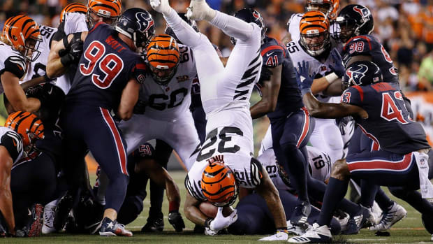 Bengals Offense Hits New Low in Loss Against Texans - IMAGE