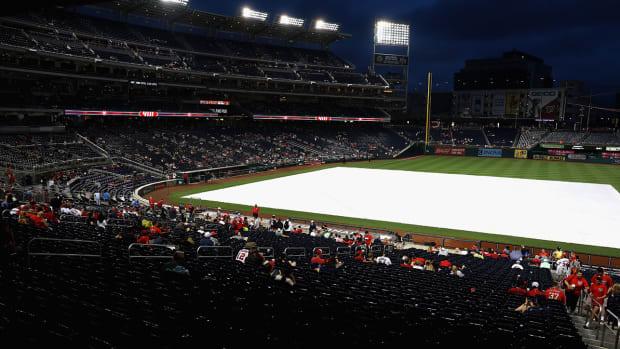 nationals-park-rain-delay.jpg
