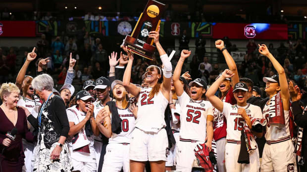 South Carolina Women's Basketball Team Declines White House Invite--IMAGE