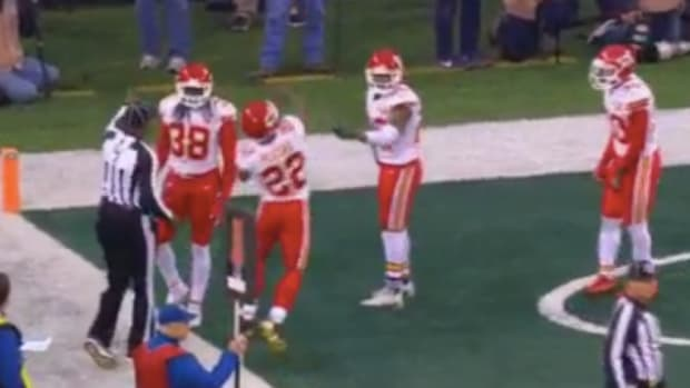 marcus-peters-throws-officials-flag.jpg