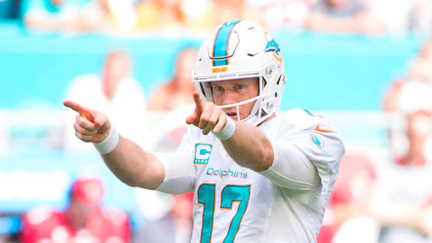 ryan-tannehill-miami-dolphins1300-724.png
