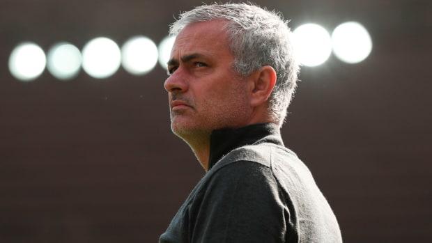 jose-mourinho-manchester-united-year-1.jpg