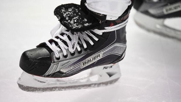 hockey-skate-generic-nhl-1300.jpg