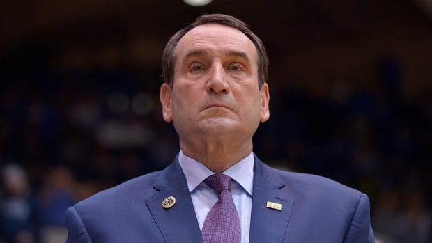 Coach Krzyzewski bans players from entering locker room, wearing Duke gear--IMAGE