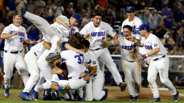 florida-gators-college-world-series.jpg